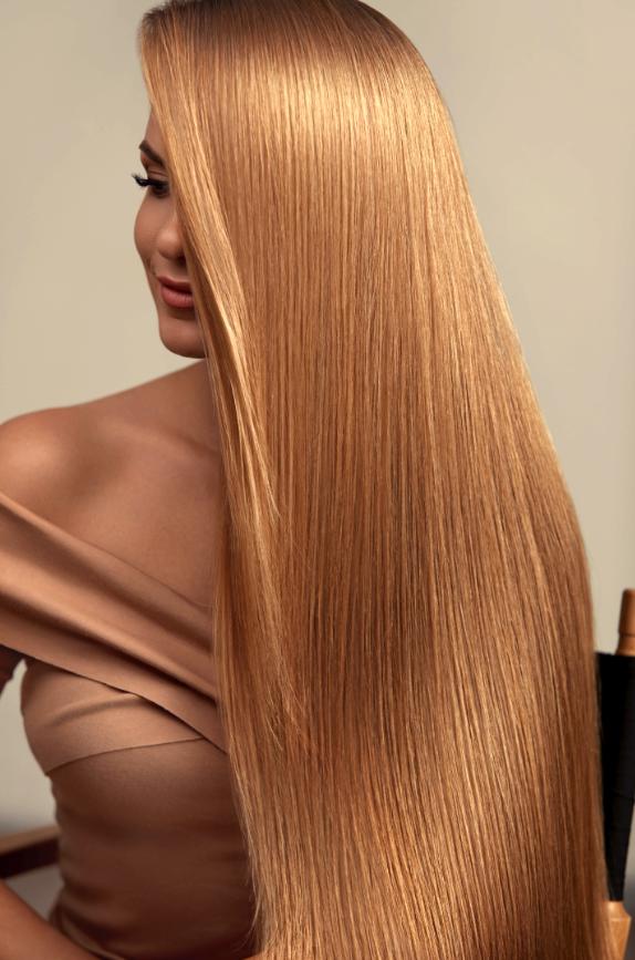 нарощене волосся в салонах Ніка та Африка